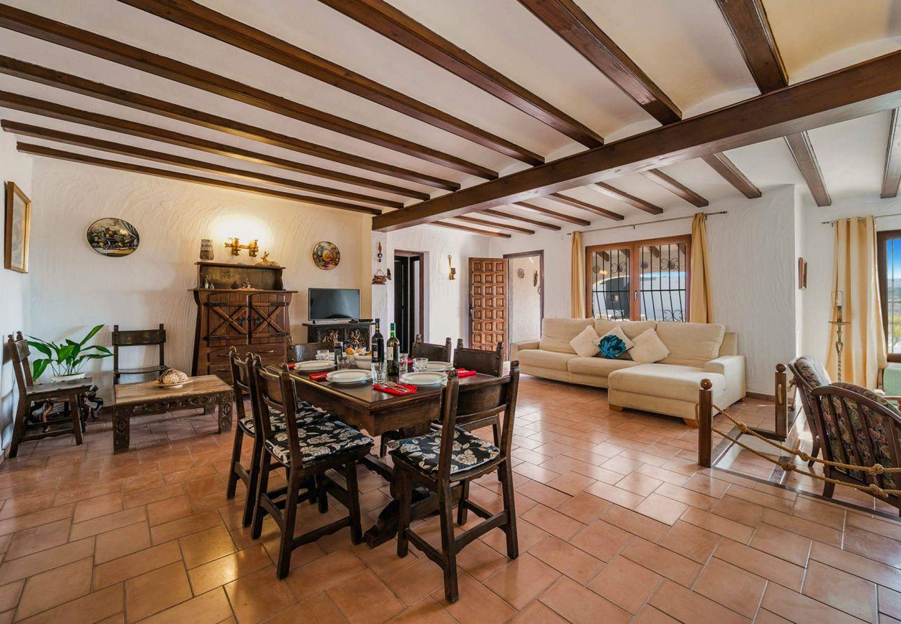 Villa en Moraira - 3060 - ELCHE