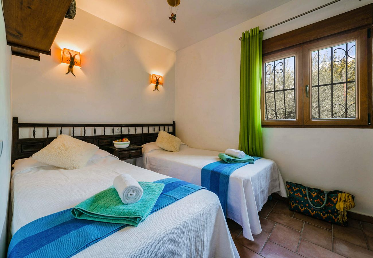 Villa in Moraira - 3060 - ELCHE