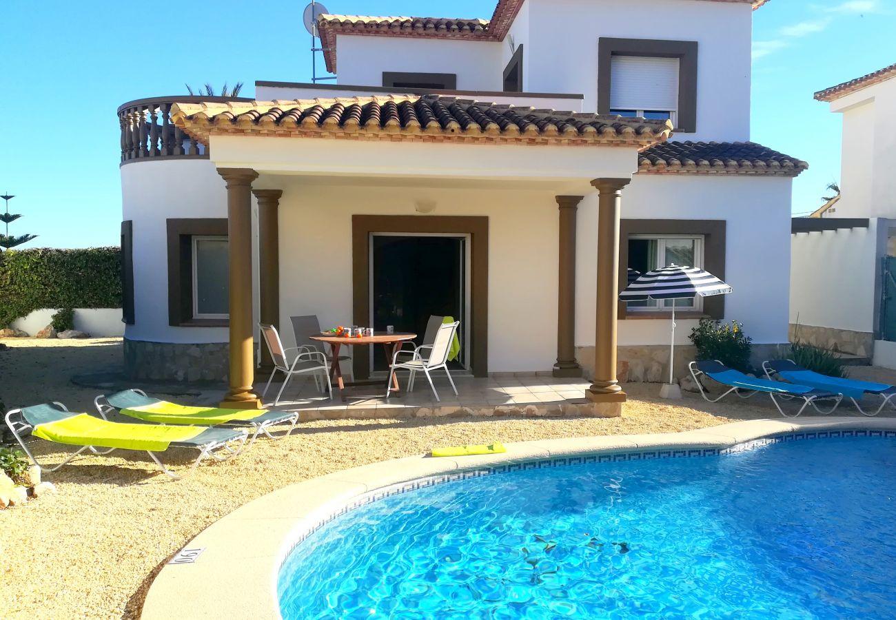 Villa à Beniarbeig - 0689 Benicadims Cala